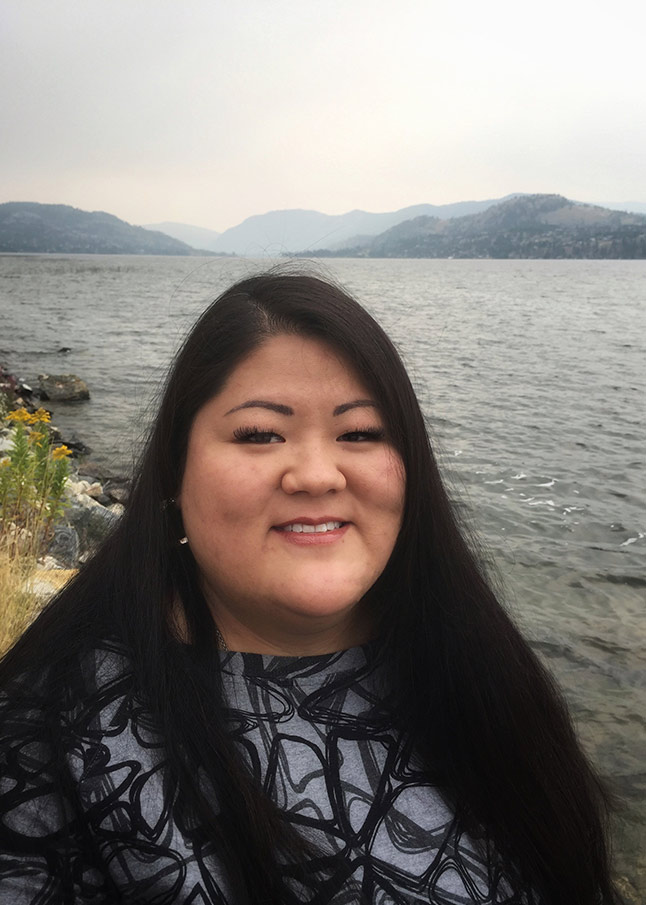 Stephanie Ora - Headshot - Legal Secretary for Okanagan Notaries